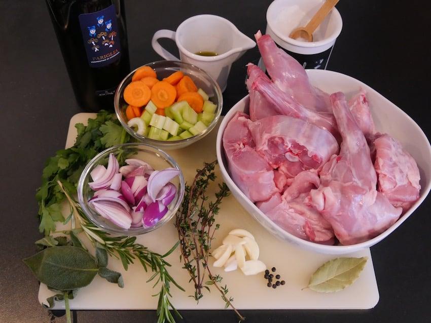 Zutaten für mariniertes Kaninchen alla sarda