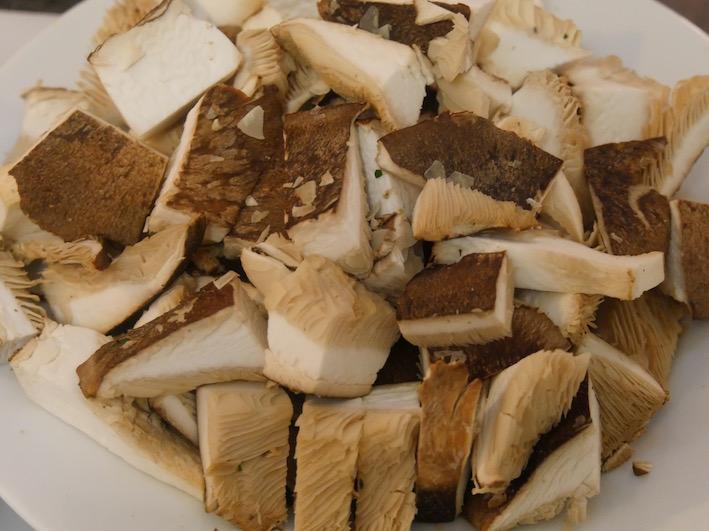 Kräuter-Seitling, schon vorbereitet fürs Kochen